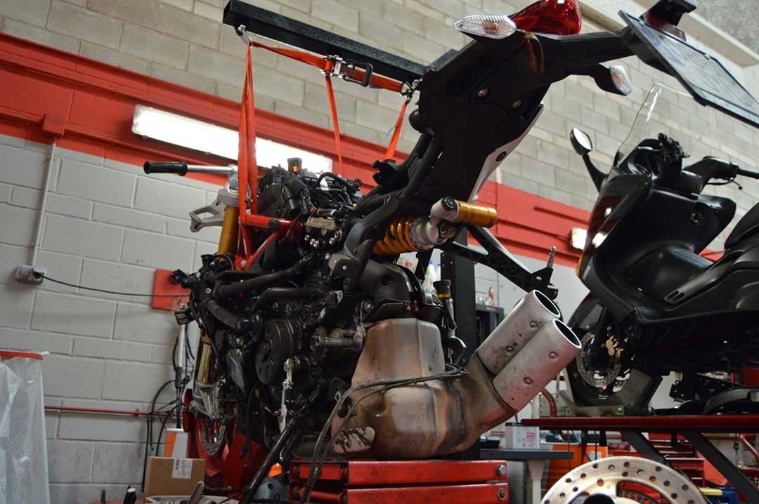 Reparacion Ducati supersport