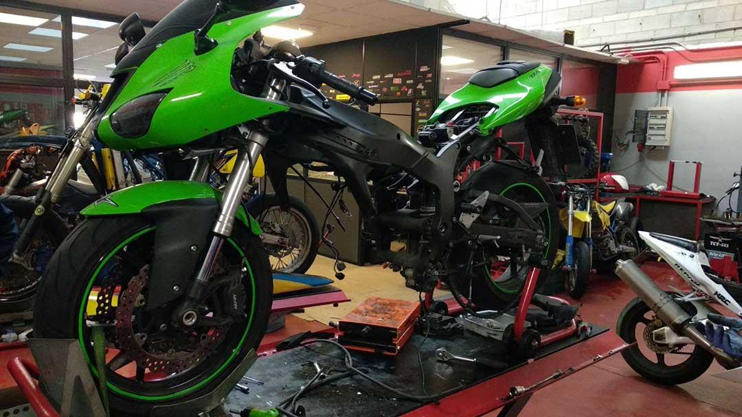 reparación motor kawasaki ninja